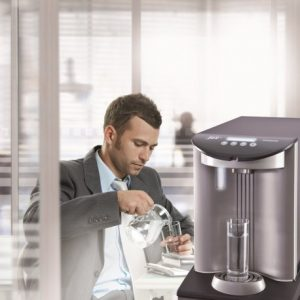 Erogatore-acqua-ufficio-naturale-liscia-frizzante-gassata-fredda-refrigeratori-bar-ristorante